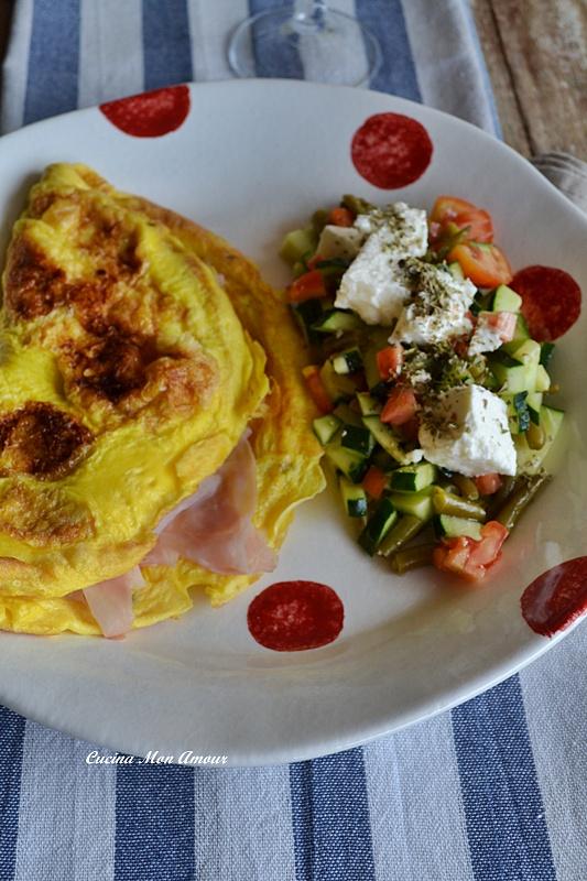 Omelette con Ripieno di Stracchino e Prosciutto Cotto