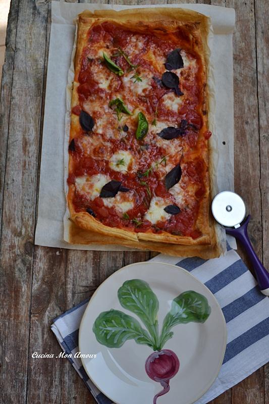 Pizza Margherita Sfogliata