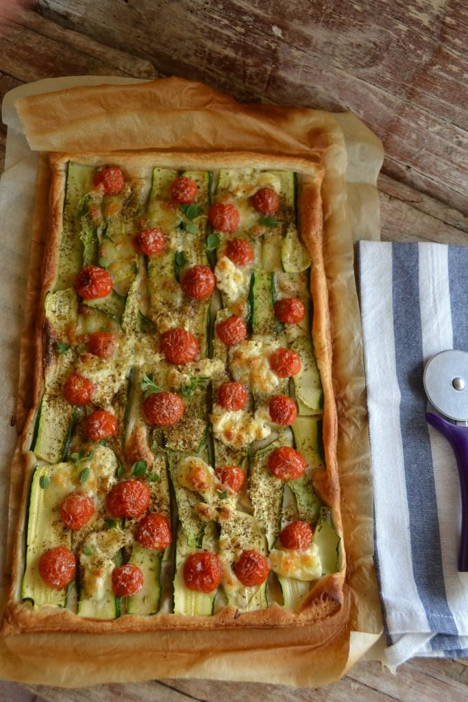 Pizza Sfogliata alle Zucchine e Burrata